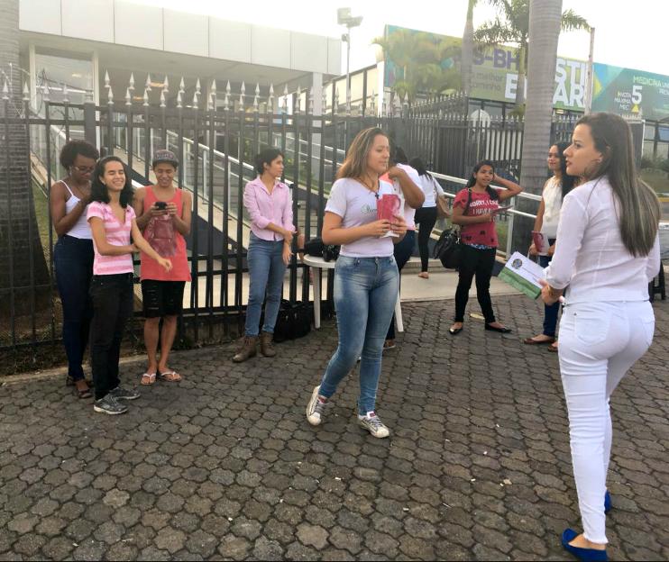 Liga acadêmica de Biomedicina da Faculdade de Minas –- Faminas: Alunos do curso mobilizaram as pessoas no entorno da Faculdade.
