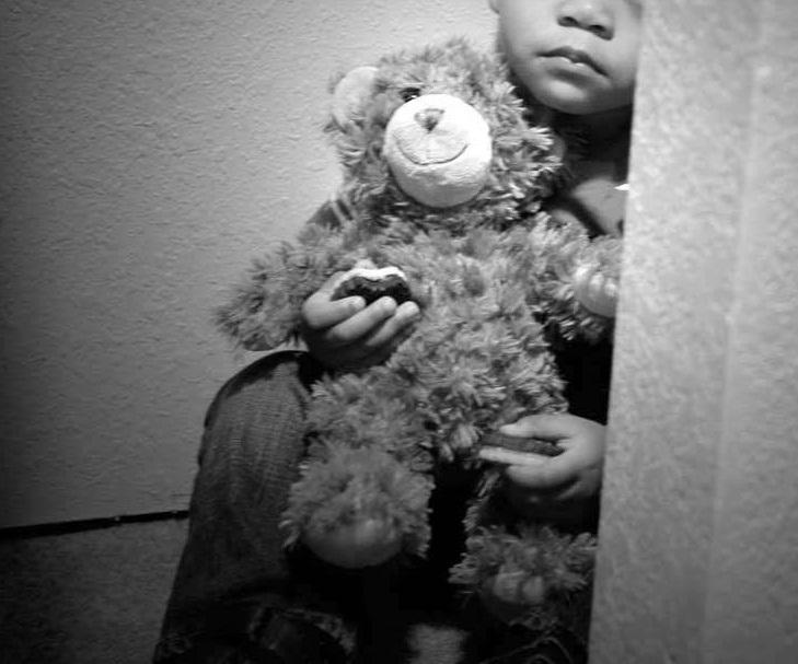 violencia contra a criança