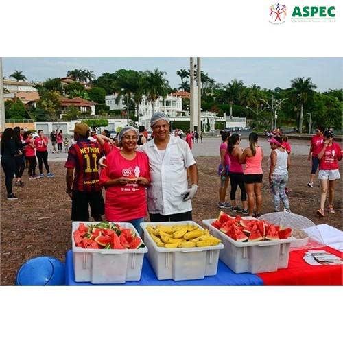Imagens da II Caminhada Rosa, em 2017 | ASPEC